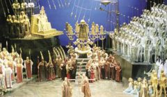 بحضور الجمهور الأقصري: البروفة النهائية لـ«أوبرا عايدة» على مسرح العرض بمعبد حتشبسوت