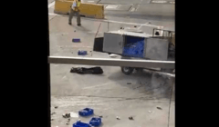 عربة طعام تفقد سيطرتها في المطار: «الأمر مضحك»