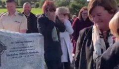 «أخرجوني من هنا».. ميت «خفيف الظل» يضحك مشيعيه بنداء من قبره (فيديو)