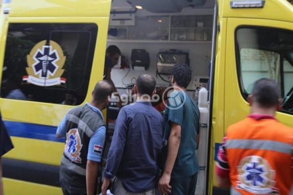 متوفيان و8 مصابين صدمتهم سيارة ملاكي في وسط البلد