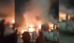 النار كادت تلتهم 40 سيارة.. كيف أنقذ رجال الإطفاء بولاق الدكرور من كارثة؟