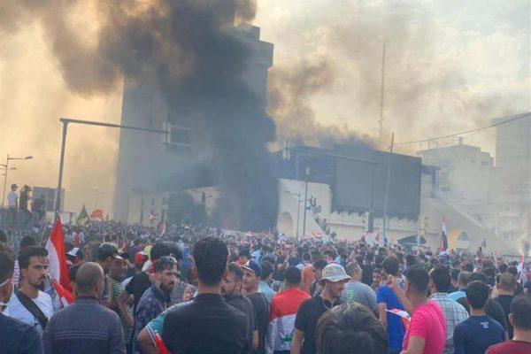استمرار الاحتجاجات الطلابية في العراق والحكومة تهدد بمعاقبة مُغلقي المدارس