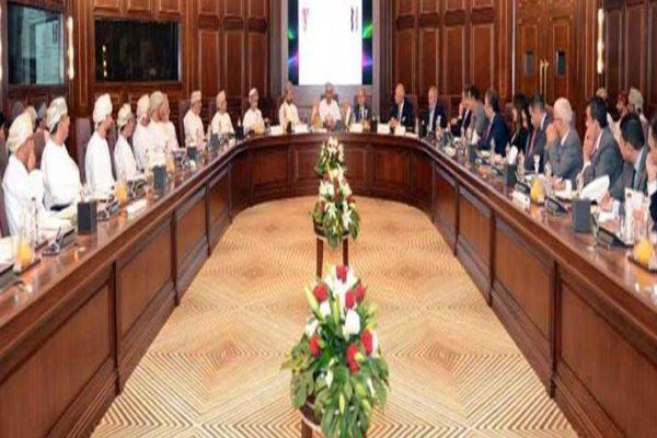 وزيرالتجارة يرأس الاجتماع الأول لمجلس الأعمال المصري العماني بمسقط