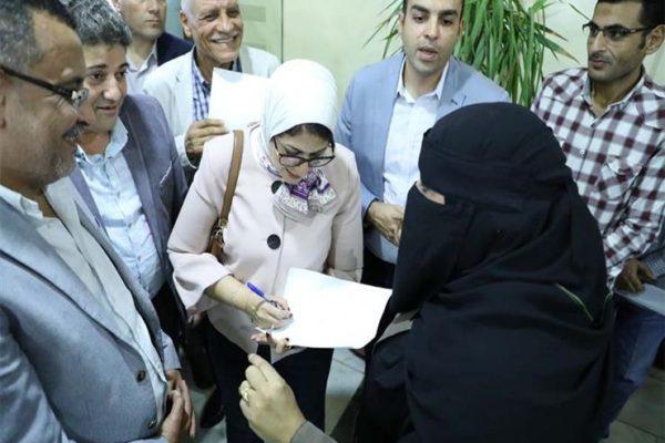 وزيرة الصحة توجه بسرعة تطوير المركز الطبي الحضري بطور سيناء