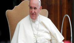 """البابا فرنسيس لبوتين: """"أصلّي لأجلك"""""""