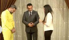 """""""كنت بعمر ابنتك"""".. لقطات مؤثرة من لقاء إيزيدية بمغتصبها الداعشي"""