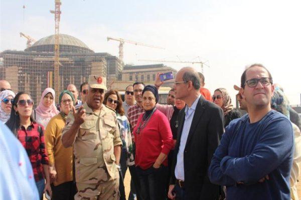 نائب وزير المالية يزور العاصمة الجديدة برفقه شباب العاملين بالوزارة