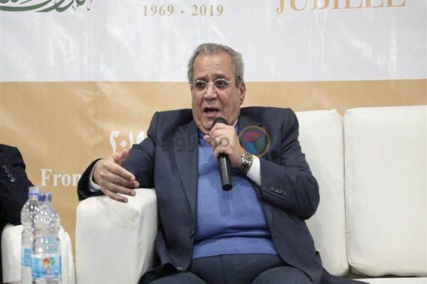 """جابر عصفور عن تصريحات أحمد مراد حول نجيب محفوظ: """"من حقه ينتقد"""""""