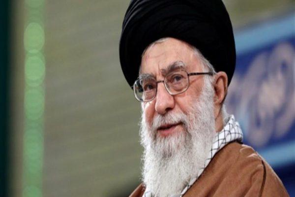 العقوبات الأمريكية على إيران تشمل نجل خامنئي ومستشار علي أكبر ولايتي