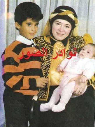 تعرف على «رامي» الأخ غير الشقيق لهيثم زكي الذي ماتـ ـت امه وعمره 3 سنوات..صورة