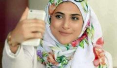 """نجمة """"طيور الجنة"""" تفاجئ وتصدم الجمهور بخلعها للحجاب !!! .. شاهد بالصور"""