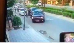 """""""يتصرف كناشط مدني"""".. عراقيون يتفاعلون مع بيان عبد المهدي حول اختطاف لواء بالداخلية"""