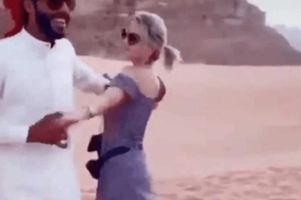 حقيقة فيديو «رقصة» سعودي مع أجنبية في مدائن صالح