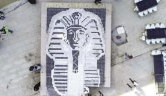 لوحة فنية لقناع «توت» تسجل رقما قياسيا بـ«جينيس»