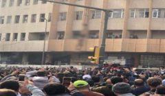 تفاصيل قتل شاب وتعليق جثته على أحد الأعمدة في ساحة للمظاهرات بالعراق