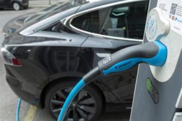6 معتقدات خاطئة عن السيارات الكهربائية.. تعرف عليها