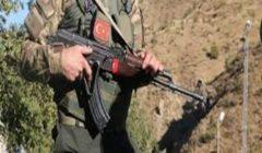 """قائد """"قسد"""": قوات موالية لتركيا تقتل وتعذب النازحين السوريين"""