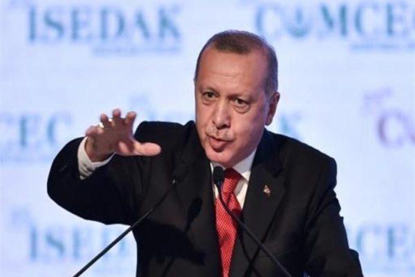 """""""الصحفيين التونسيين"""" تندد بمنع صحفيي الإعلام الدولي من تغطية مؤتمر أردوغان"""