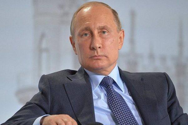 قبل يومين من زيارة بوتين لباريس.. صحيفة: روسيا تجسست على انتخابات فرنسا