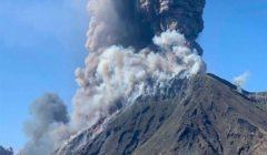 مقتل شخص على الأقل بعد ثوران بركان في نيوزيلندا