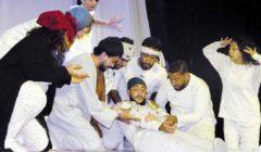 «ولاد البلد».. عرض مسرحي يجذب أهالي قُرى المنيا