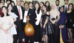 «ونس» تقدم أغاني عربية بأصوات من إندونيسيا وماليزيا والصين وإنجلترا