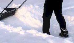 نجاة طفلة من الموت بعد دفنها تحت الثلوج 18 ساعة