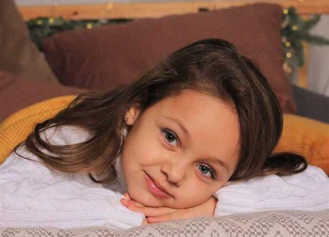 أبوها مصري.. شرم الشيخ تستعد للاحتفال بـ«ملكة جمال أطفال روسيا» (صور)