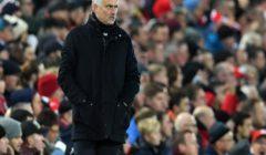 """مورينيو يكشف سبب دفعه بـ""""وجه جديد"""" أمام ليفربول"""