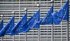 المفوضية الأوروبية: الاتحاد الأوروبي عليه دعم الدبلوماسية بالقوة العسكرية