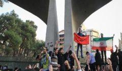 """""""إيران تغلي"""".. احتجاجات لليوم الثاني ترفع شعار: الموت للديكتاتور"""