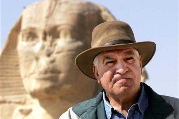 """حواس تعليقًا على اختياره سفيرًا لمعرض الكتاب: """"رسالة للعالم أجمع"""""""