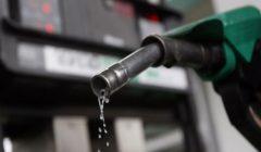 الحكومة تقرر تثبيت أسعار البنزين بأنواعه الثلاثة