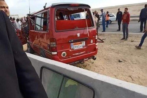 """النيابة تصرح بدفن جثث طبيبتان وسائق في حادث """"ميكروباص الأطباء"""""""