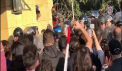 وكالة: إصابات بين المحتجين وقوات الأمن في اشتباكات أمام البرلمان اللبناني