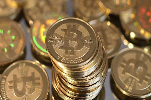 رويترز: البنوك المركزية تبحث إماكنية إصدار العملات الرقمية