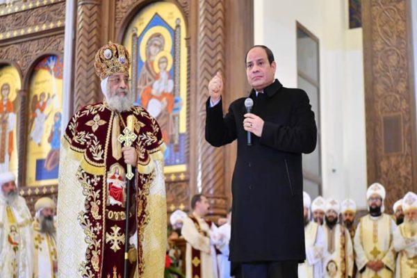 نشاط السيسي في أسبوع: رسالة طمأنة من الكاتدرائية.. ومتابعة أزمة ليبيا