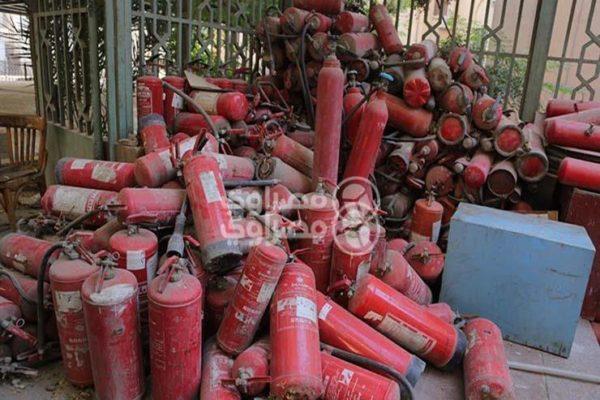 ضبط 650 طفاية حريق غير مطابقة للمواصفات بالبحيرة