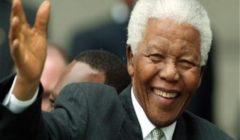 الجزائر تحيي الذكرى الثلاثين لخروج مانديلا من سجون الفصل العنصري