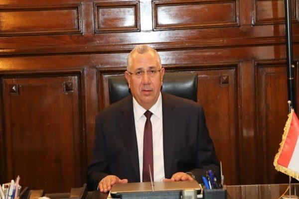 مسؤول بالزراعة: قريباً.. مصر خالية من المبيدات الخطرة