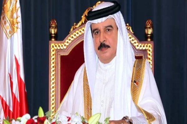 ملك البحرين يُعزي السيسي هاتفياً في وفاة مبارك