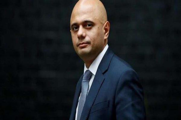 """من هو الوزير البريطاني الذي استقال """"احتراما لنفسه""""؟"""