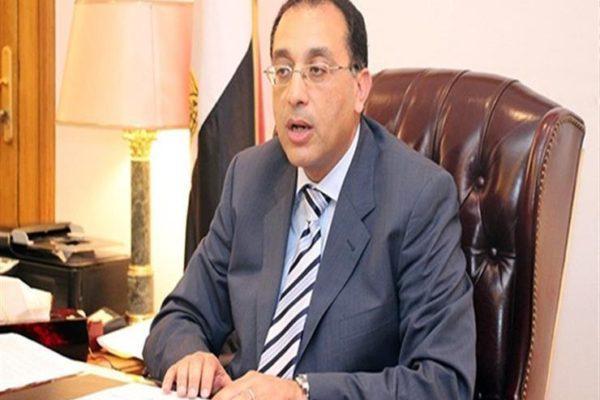 رئيس الوزراء يغادر القاهرة لافتتاح متحف الغردقة ومتابعة المشروعات