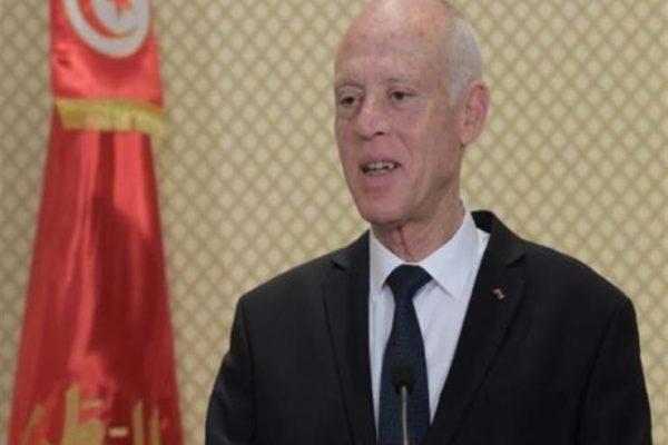 الرئيس التونسي يقرر إرجاء الإعلان عن التركيبة الحكومية إلى الغد