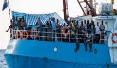 جائزة حقوق الإنسان بالعفو الدولية تذهب لطاقم سفينة إغاثة عالقة بإيطاليا