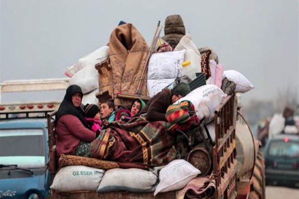 عائلة كاملة توفيت بسبب البرد القارس.. معاناة 800 ألف نازح سوري من إدلب