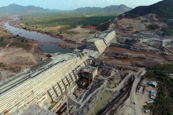 هل يضمن الاتفاق النهائي لسد النهضة حصة مصر المائية؟ (مشارك بالمفاوضات يُجيب)