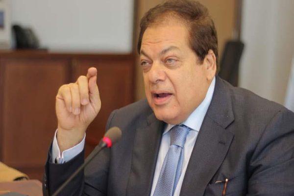 أبوالعينين: تقدم السيسي جنازة مبارك انتصار للقيم وتخليد للمبادئ