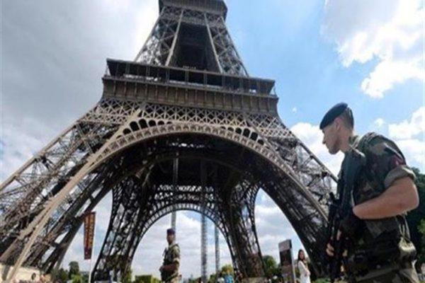 إغلاق برج إيفل قبل احتجاجات منتظرة في فرنسا
