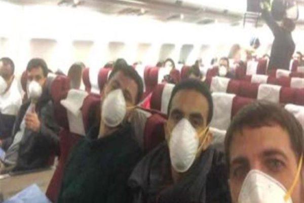 شاهد بالفيديو - لحظة خروج المصريين العائدين من ووهان من الحجر الصحي بمطروح يروّون ساعات القلق والترقب